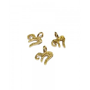 5% 14K GOLD PLATED SMALL CHAI CHARM W/RING 8 X 6 X 0.8MM