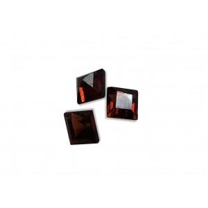 Garnet Cut Stone, Square, 4 mm