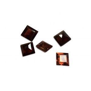Garnet Cut Stone, Square, 5 mm